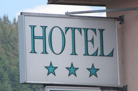 Hotel 2 toiles et 3 toiles lourdes for Hotel 3 etoiles