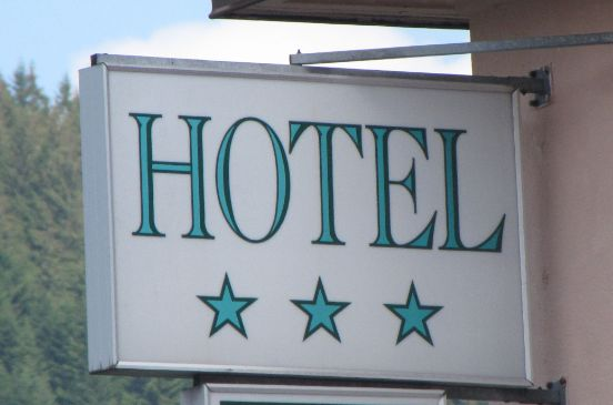 Hotel 2 toiles et 3 toiles lourdes for Hotels 3 etoiles