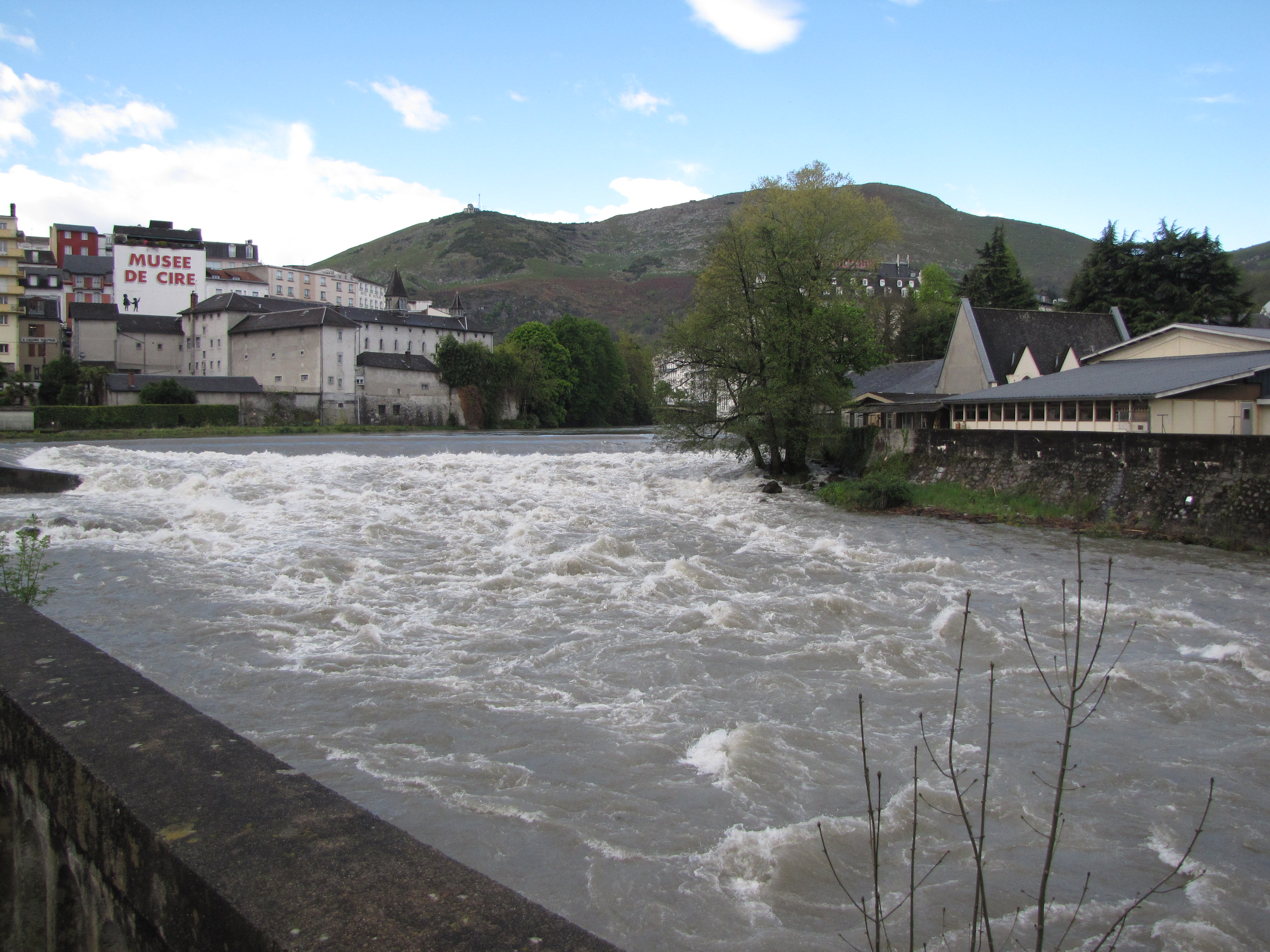 Hotel A Lourdes Proche De La Grotte Et Des Sanctuaires