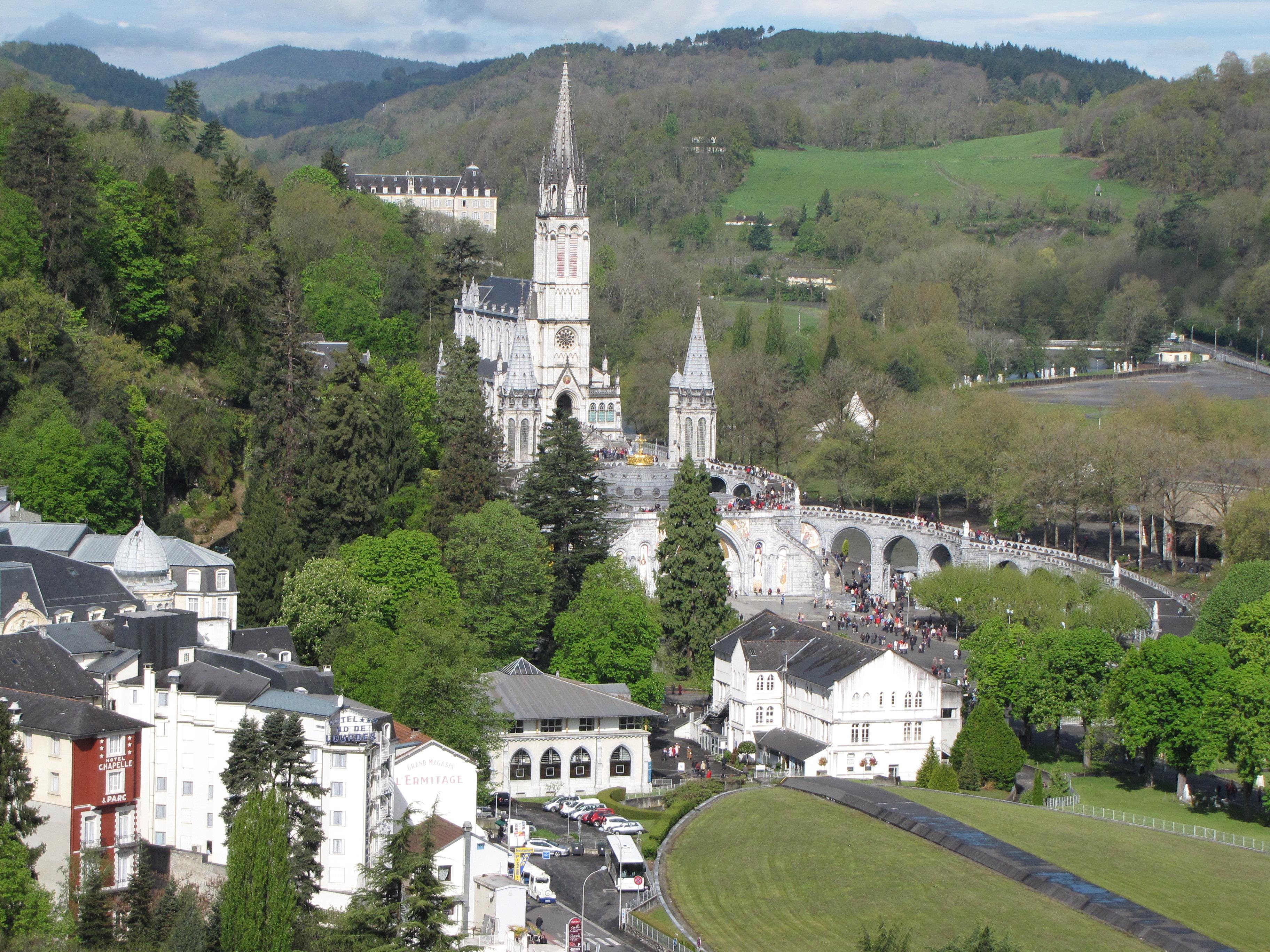 Hotel Proche Sanctuaire Lourdes